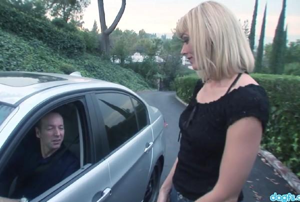 RealMomExposed.com/DaGFs.com - - Darryl Hanah - Milf Darryl Hanah Randomly Fucks A Stranger - [HD 720p]