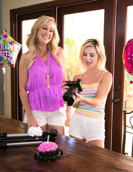 MommysGirl/GirlsWay - Brandi Love, Bella Rose [Picture Perfection] (FullHD 1080p)