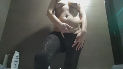 Shiny Tights Poop [FullHD] - Scat