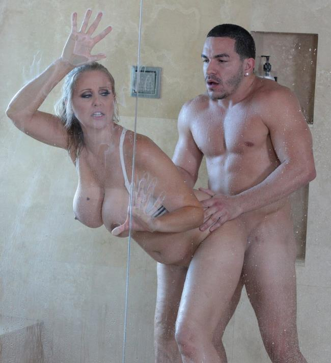 BangBros/BigTitsRoundAsses: Julia Ann - Fucking The Stepson In The Shower [HD 720p] (1001.54 Mb)