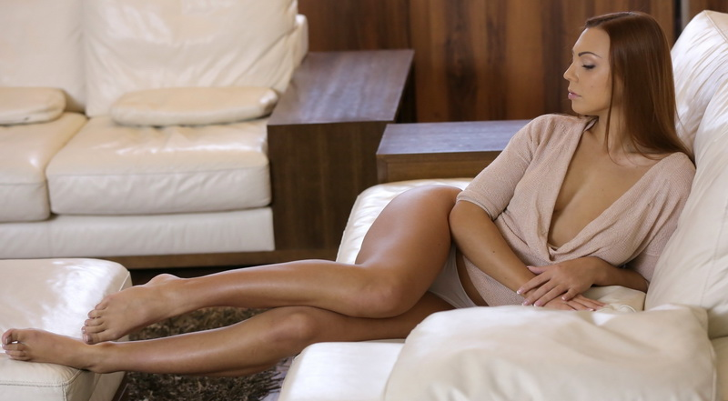 Ornella Morgan: Au Naturel (SD / 540p / 2017) [21Sextury]