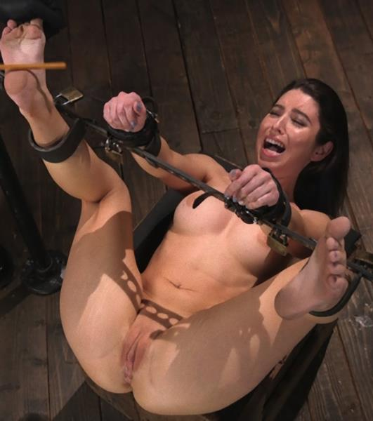 DeviceBondage/Kink - Serena Blair [Petite Slut Serena Blair Punished and Made to Cum in Metal Bondage!!] (HD 720p)