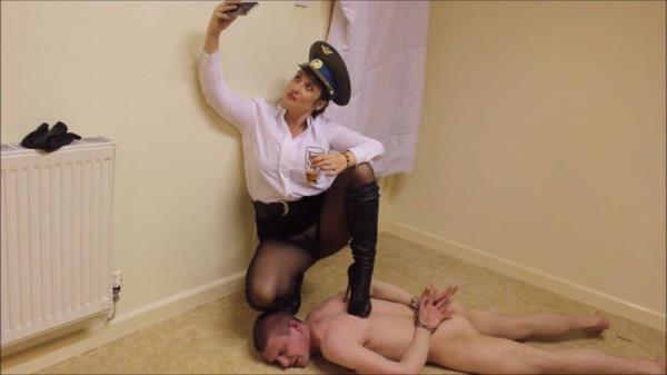 Cruel Goddess , Clips4sale - Mistress Vexxa - Under Her Boot [FullHD, 1080p]