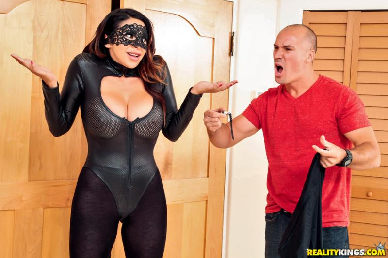 Missy Martinez - One Hot Robber (23.10.2017) [RealityKings, RKPrime / SD]