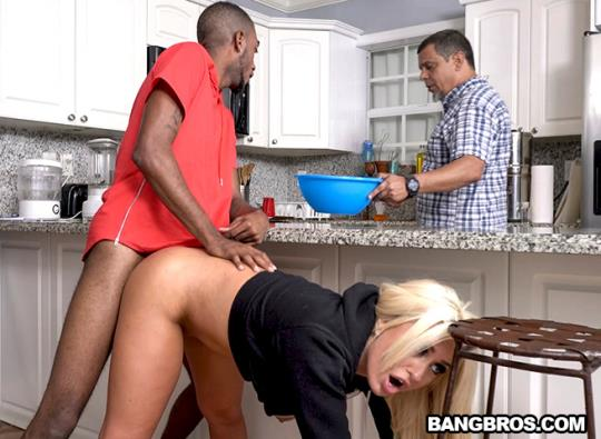 MonstersOfCock, BangBros: Brandi Bae - Brandi Loves Her Father's Friends (SD/480p/425 MB) 09.10.2017