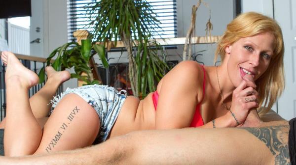Gennye Lee - Newbie French Canadian Gennye Lee gets cum on pussy in hot hard fuck - CastingFrancais.com / PornDoePremium.com (SD, 240p)