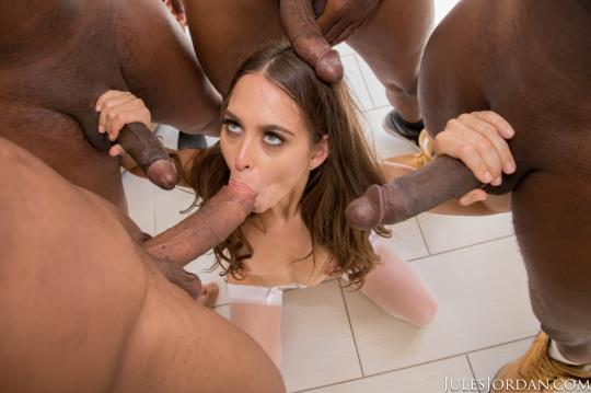 JulesJordan: Riley Reid - Riley Reid Interracial Gangbang! No Holes Barred! Where Will All Those Big Black Cocks Go? (SD/360p/374 MB) 18.10.2017