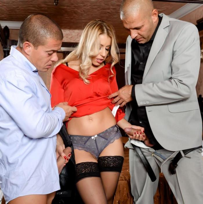 DPFanatics/21Sextury - Nikky Thorne - Caught Between Two Cocks (HD 720p)