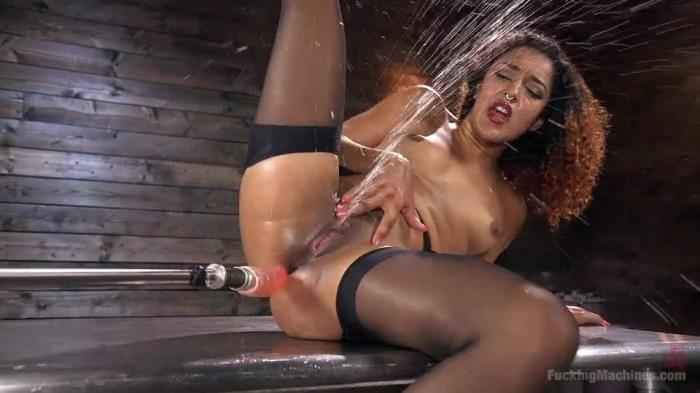 Daisy Ducati - Ebony Squirt Queen Daisy Ducati Gets Royal Fucking Machines Treatment! (FuckingMachines, Kink) SD 540p
