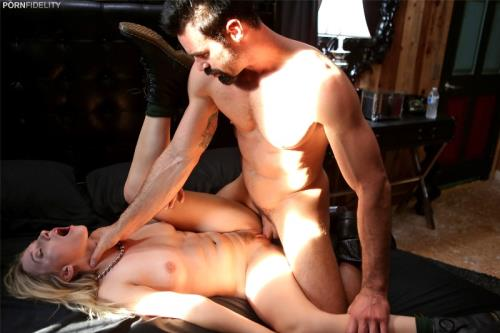 Riley Reyes, Charles Dera - Bad Neighbor 3 (18.10.2017/PornFidelity.com/SD/480p)