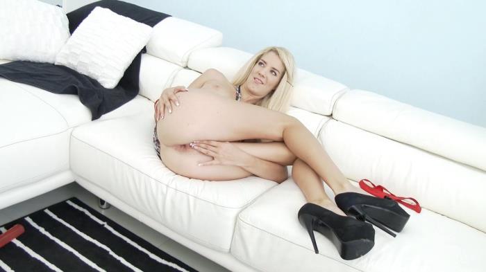 LegalPorno.com - Monique Woods - blonde slut Airtight DP SZ1471 [HD, 720p]
