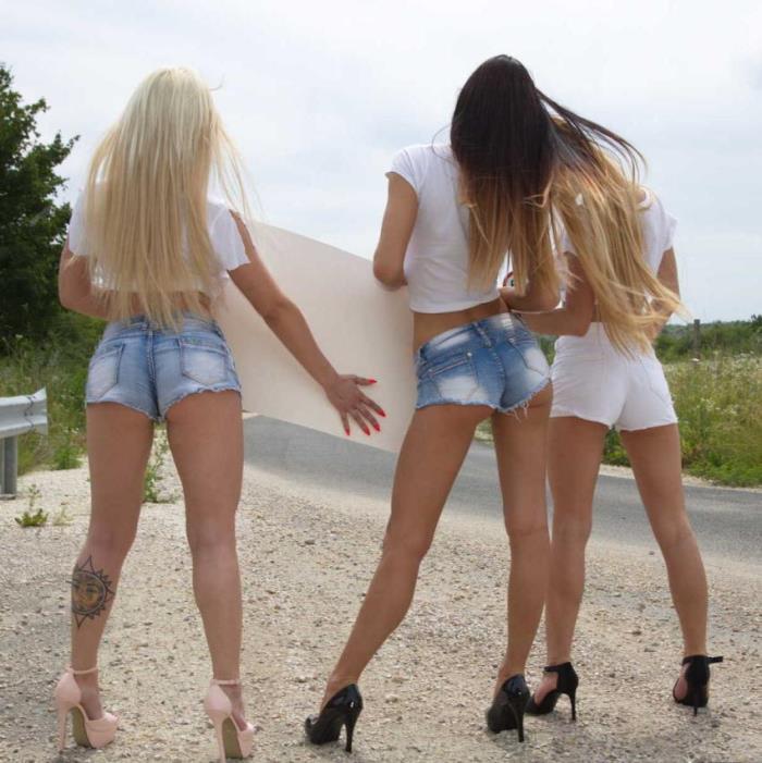 EuroSexParties/RealityKings: Christina Shine, Maya Crush, Cayenne Hot - Euro Boob Wash  [HD 720p] (1.11 Gb)