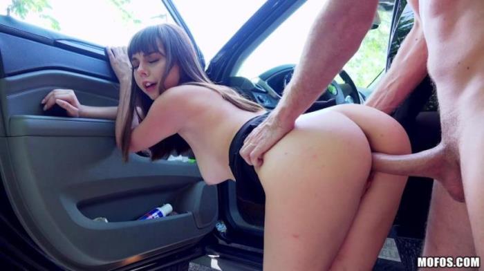 StrandedTeens/Mofos:  Shae Celestine- Roadside Sex With Teen Cutie  [2017|SD|272p|186.68 Mb]