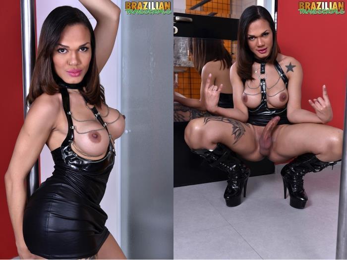 Deborah Tavares - Deborah Tavares New Solo (Brazilian-Transsexuals) HD 720p