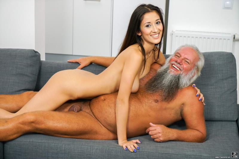 GrandpasFuckTeens.com / 21Sextreme.com: Darcia Lee - Feels So Good [SD] (357 MB)