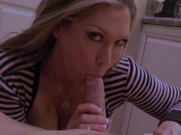 Jessica Loves Sex - 1ST Edging BJ (ManyVids.com) - [HD 720p]