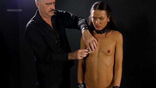 Making The Shy Lingerie Model Suck Cock Part 1 [FullHD, 1080p] [ElitePain.com / Graias.com]