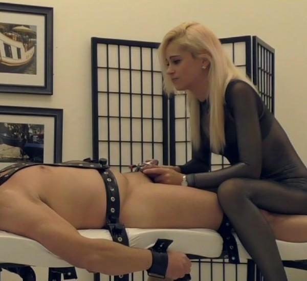 TeaseAndThankYou/Clips4sale - Mistress Helix [Helix Vs Chastity] (FullHD 1080p)
