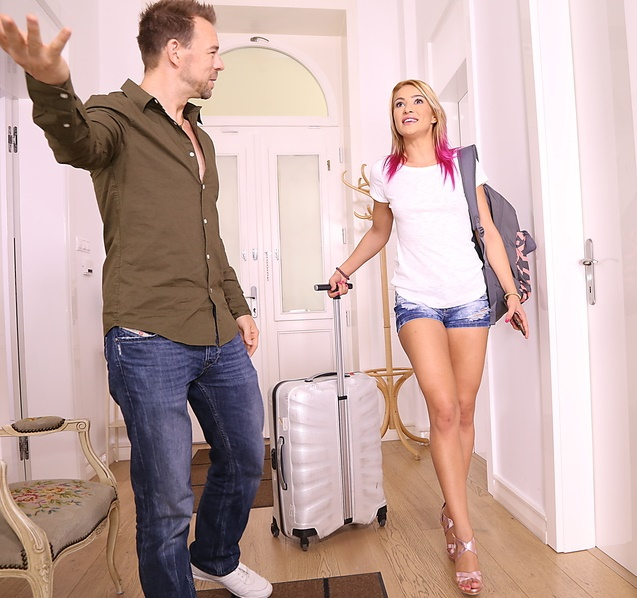 MikesApartment/RealityKings - Cherry Kiss [Deep Discount] (HD 720p)