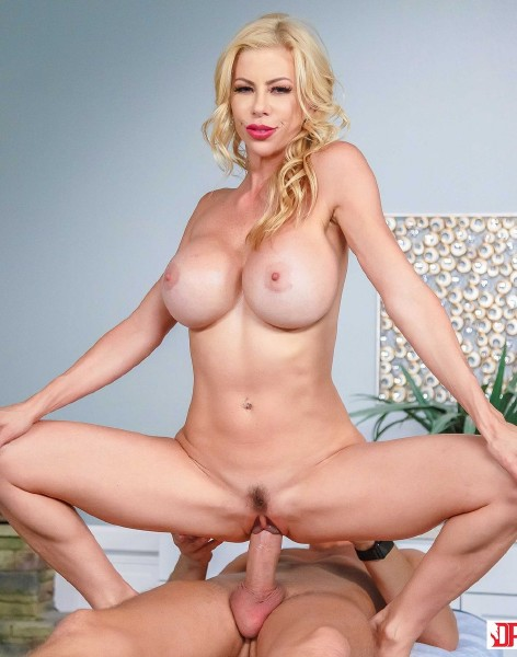 DigitalPlayground: Alexis Fawx - Mother in Laws Massage  [HD 720p]