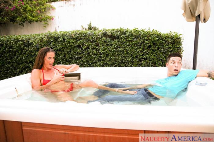 MyFriendsHotMom.com / NaughtyAmerica.com - Sofie Marie [SD, 360p]