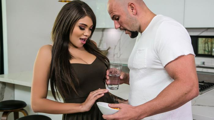 Cassidy Banks - The Boyfriend Whisperer [BabyGotBoobs, Brazzers] 480p