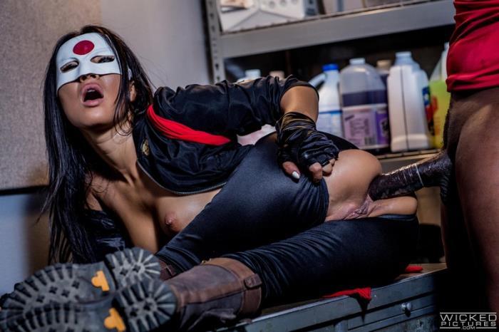 Wicked - Asa Akira [Suicide Squad XXX: An Axel Braun Parody] (SD 400p)