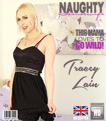 Mature.nl / Mature.eu: Tracey Lain (EU) (39) in British housewife Tracey Lain loves playing with herself [FullHD] (1.92 GB)