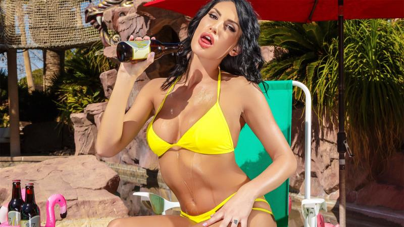 August Ames - The Thirst Is Real (27.10.2017) [Brazzers, PornstarsLikeItBig / SD]