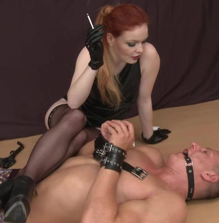 Olivia - Chubby dominatrix (Femdom) - Submissed   [FullHD 1080p]