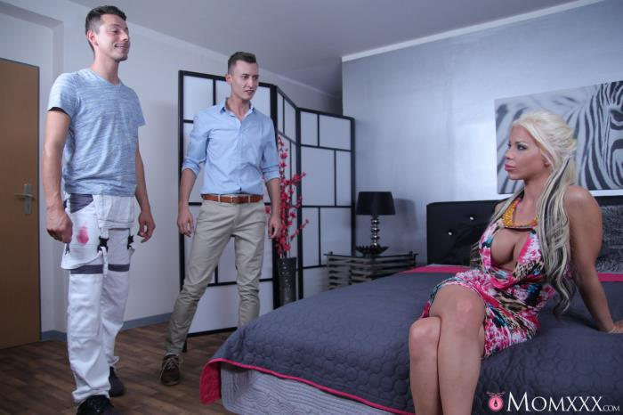 Barbie Sins - UK MILF takes two cocks in one hole [MomXXX, SexyHub] 480p