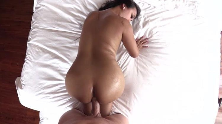 LadyboyGold.com - Amy - Amy - All the Right Curves Bareback [HD / 2017]