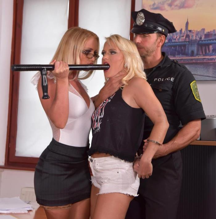 Rossella Visconti, Kathia Nobili - Officer, I Need My Ass Fucked (Threesome) - HandsonHardcore/DDFNetwork [HD 720p]