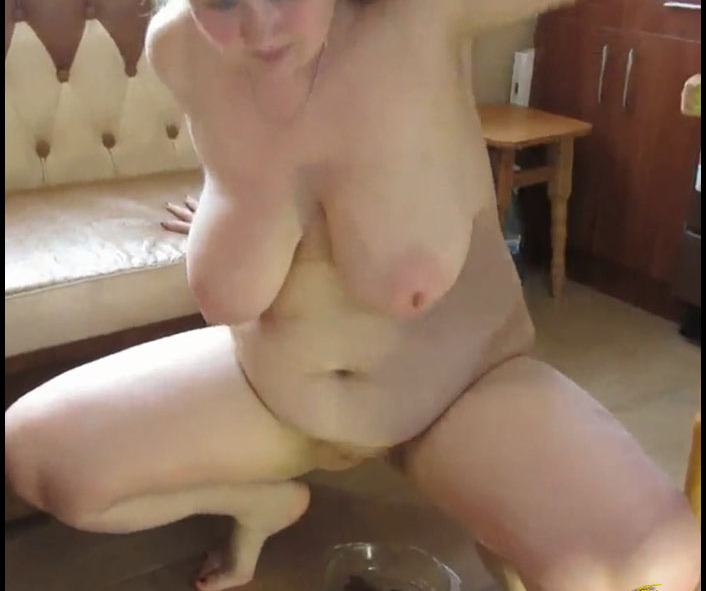 Mikaela Wolf - Shit and Pissing in a Glass Bowl (Solo Scat)  [FullHD 1080p]