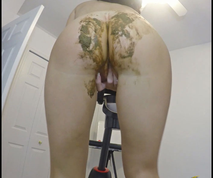Poo AlexaBig - Panty Poop Accident While Exercising (Pile, Pooping, Scat Solo) [FullHD 1080p] [