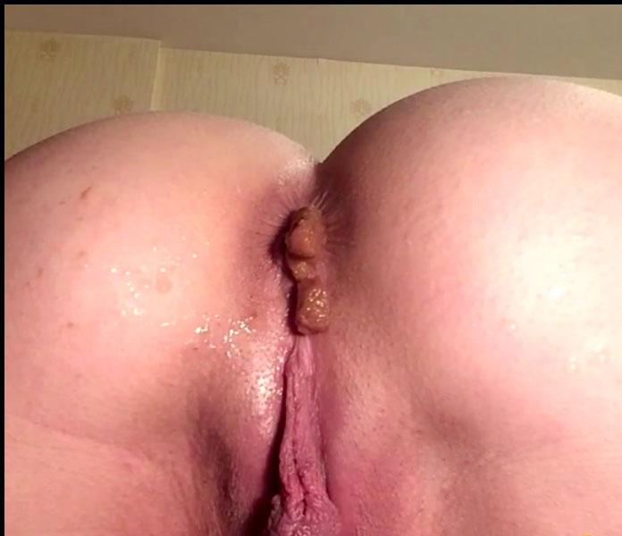 Extreme Scat - Mistress Annalise - More Beautiful Shit [FullHD 1080p]