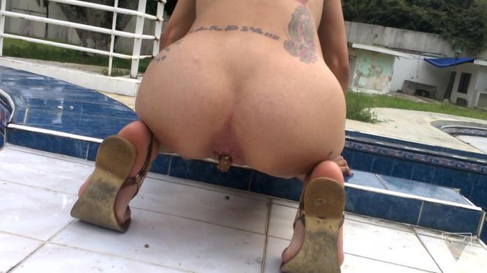Defecation - Clara Costa - Solo Scat Columbia Total Amateur By Clara Costa 6 Scenes (FullHD 1080p)