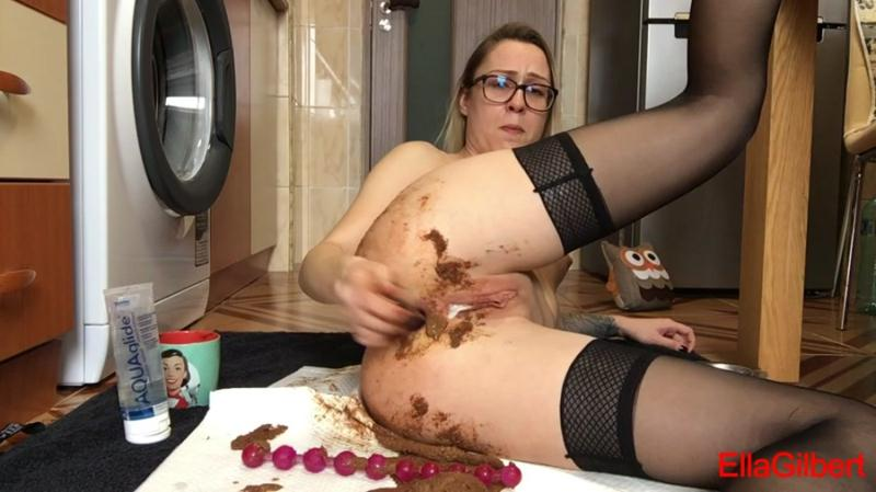 EllaGilbert - Another desperate mornig (Shit In Pantyhose, Solo) Smearing [FullHD 1080p]