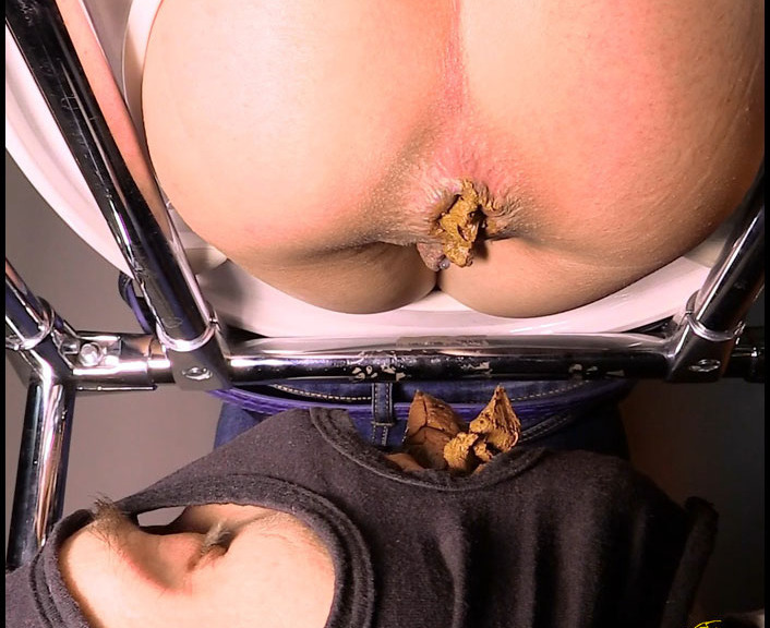Mistress Princess Jenny Takes a Dump in Her Slaves Mouth FullHD 1080p