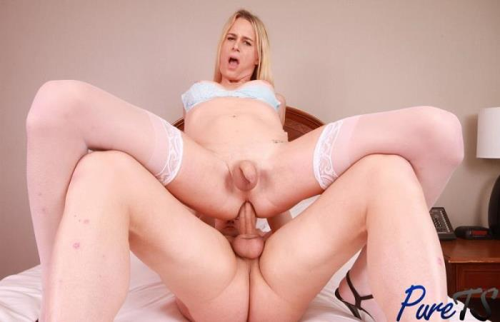 Pure-ts - Nikki Vicious - Nikki Vicious is impossible to resist  (1080p / FullHD)