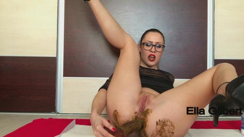 Ella Gilbert - Sensual dance, dirty cock sucking (Scat / Poo) ScatShop [FullHD 1080p]