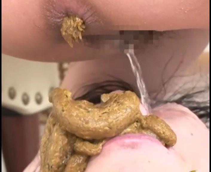 CandieCane - Gerosuka Slut Man Forced Eat Dung and Vomiting Human (Poopping, Shitting, Big pile)  [SD]