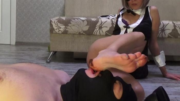 Mistress Emily - Feel my shit - (2016 / YezzClips) [FullHD 1080p / 769 MB]