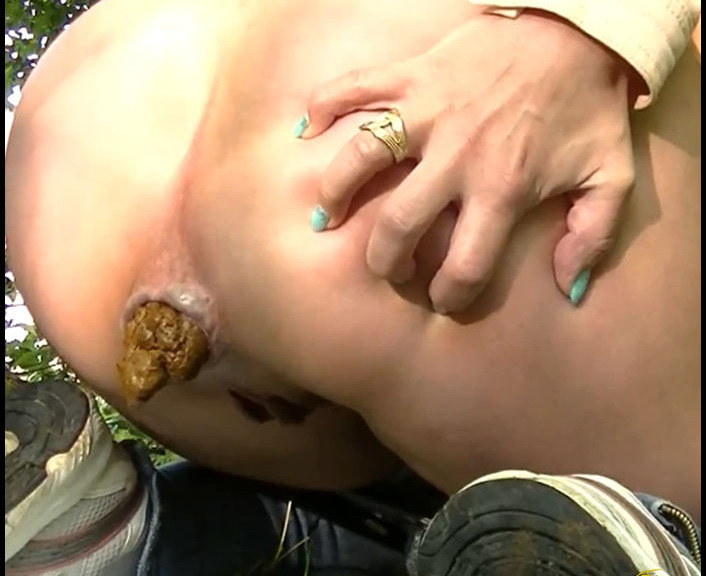 ScatGiorgia - Best of Part 8 (Big Pile, Dirty, Drink Urine)  [FullHD 1080p]