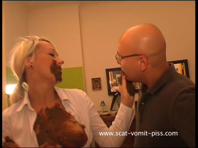 Susan, Veronika - Scat Secretary - Veronika & Hans (Scat / Piss) Scat-Vomit-Piss [SD]