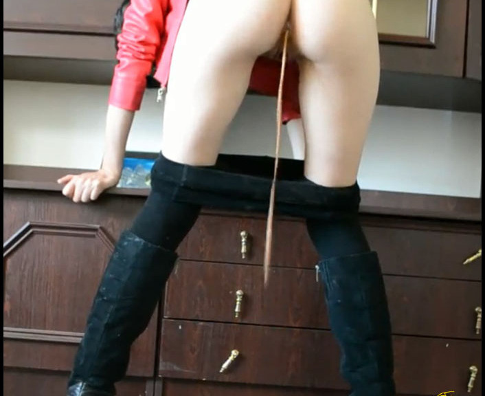 ScatGoddess - Farthing, Kv In A Leather Jacket (Scat Movies, Scat Girl)  [FullHD 1080p]
