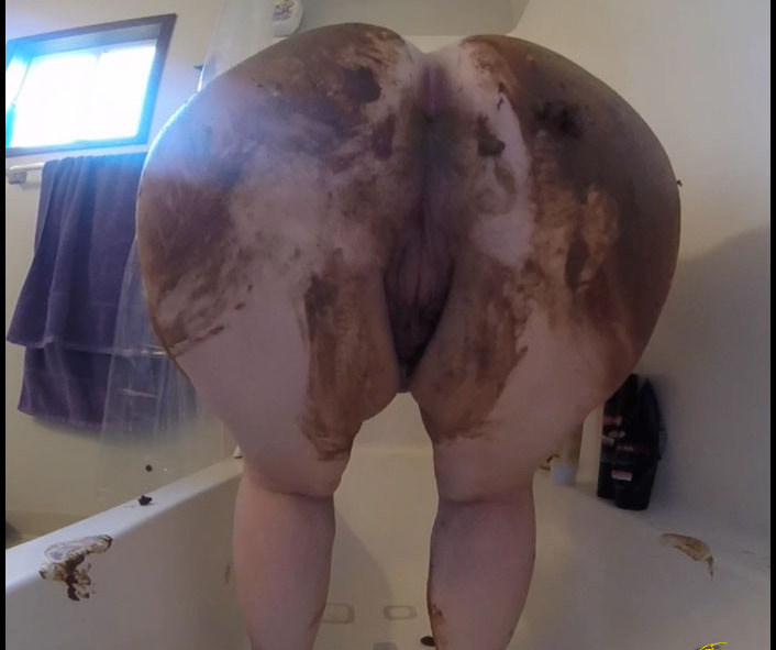 Roxana - Sexy Sensual Shitting and Smearing (Scat Solo) -  [FullHD 1080p]