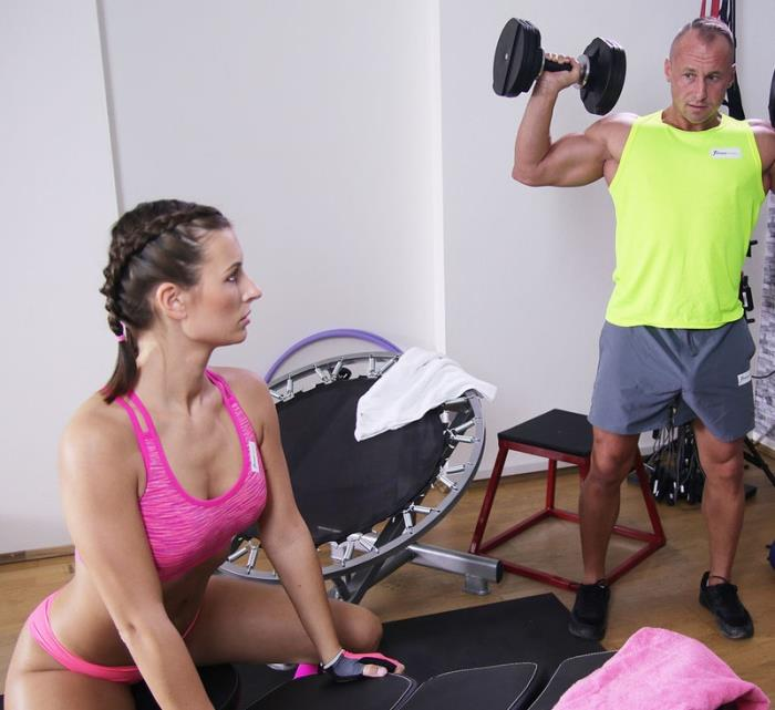 FitnessRooms - - Jenifer Jane - Tight body Euro gym babe and hunk [FullHD 1080p]