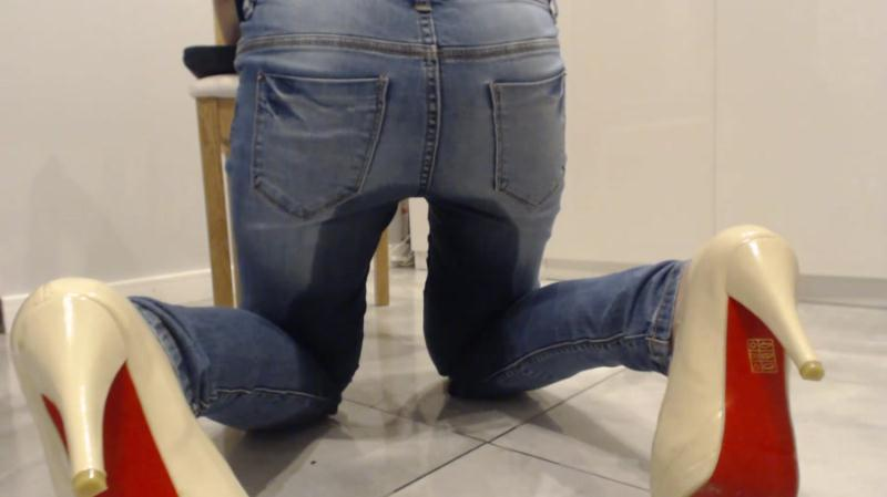 BibiStar - Shitty Jeans With Doctor (Shitting Girls, Poop Videos, Solo) Kaviar Scat [FullHD 1080p]