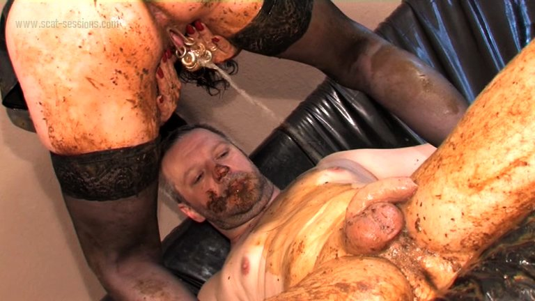 Veronika Moser - More Shit (Big pile, New scat, Lesbian Scat)  [SD]